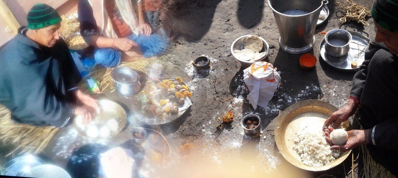 The ugly truth behind a 'heartwarming' story of Muslims performing a Kashmiri Pandit's last rites