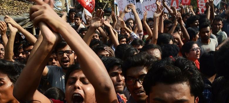 कोलकाता पुलिस ने कॉलेजों से कहा, जम्मू-कश्मीर के छात्रों के नाम बताओ