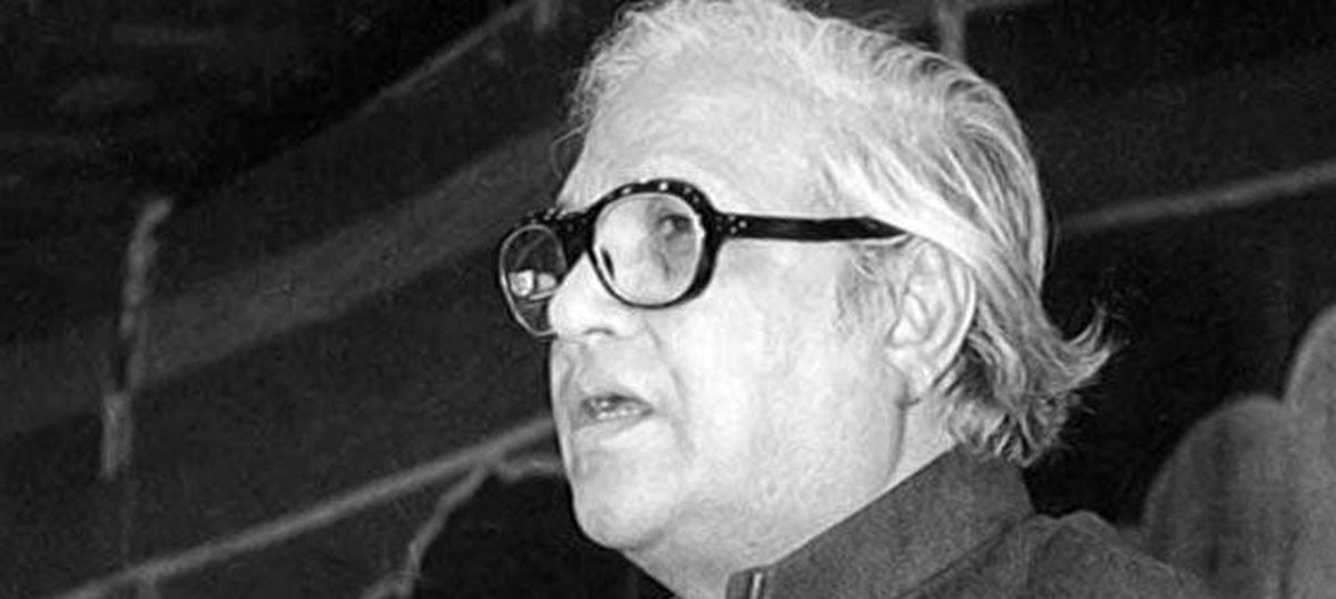 How Majrooh Sultanpuri bent the rules of grammar to write some of Hindi cinema's best-known tunes