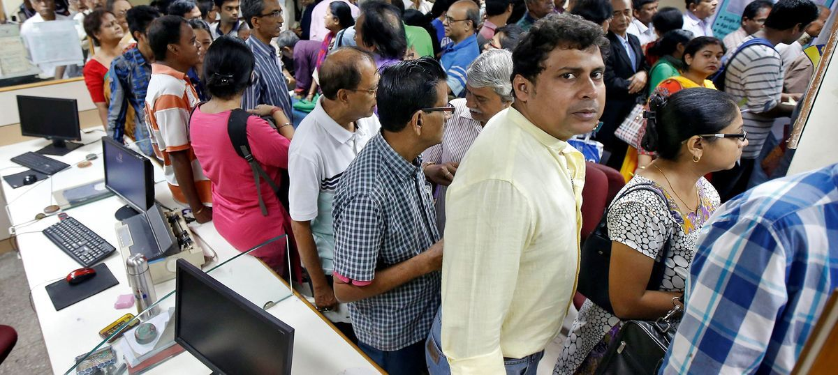 As new month beckons, bankers brace for long queues and more chaos