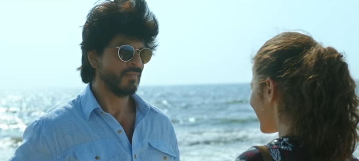 Dear doctor, why aren't all movie therapists as dishy as Shah Rukh Khan in 'Dear Zindagi'?