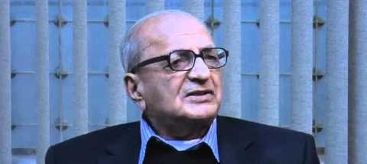 remembering veteran journalist inder malhotra         with his    remembering veteran journalist inder malhotra           his essay     if nehru