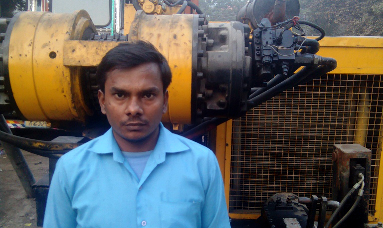 Rajesh Jha is one of many factory workers who got November's salary in old notes.