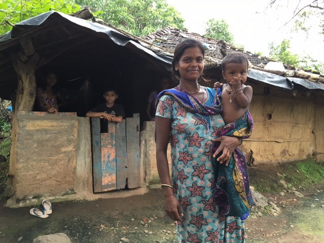 Kakdi Tokre, 28, with her youngest  of seven children. Photo: Priyanka Vora.