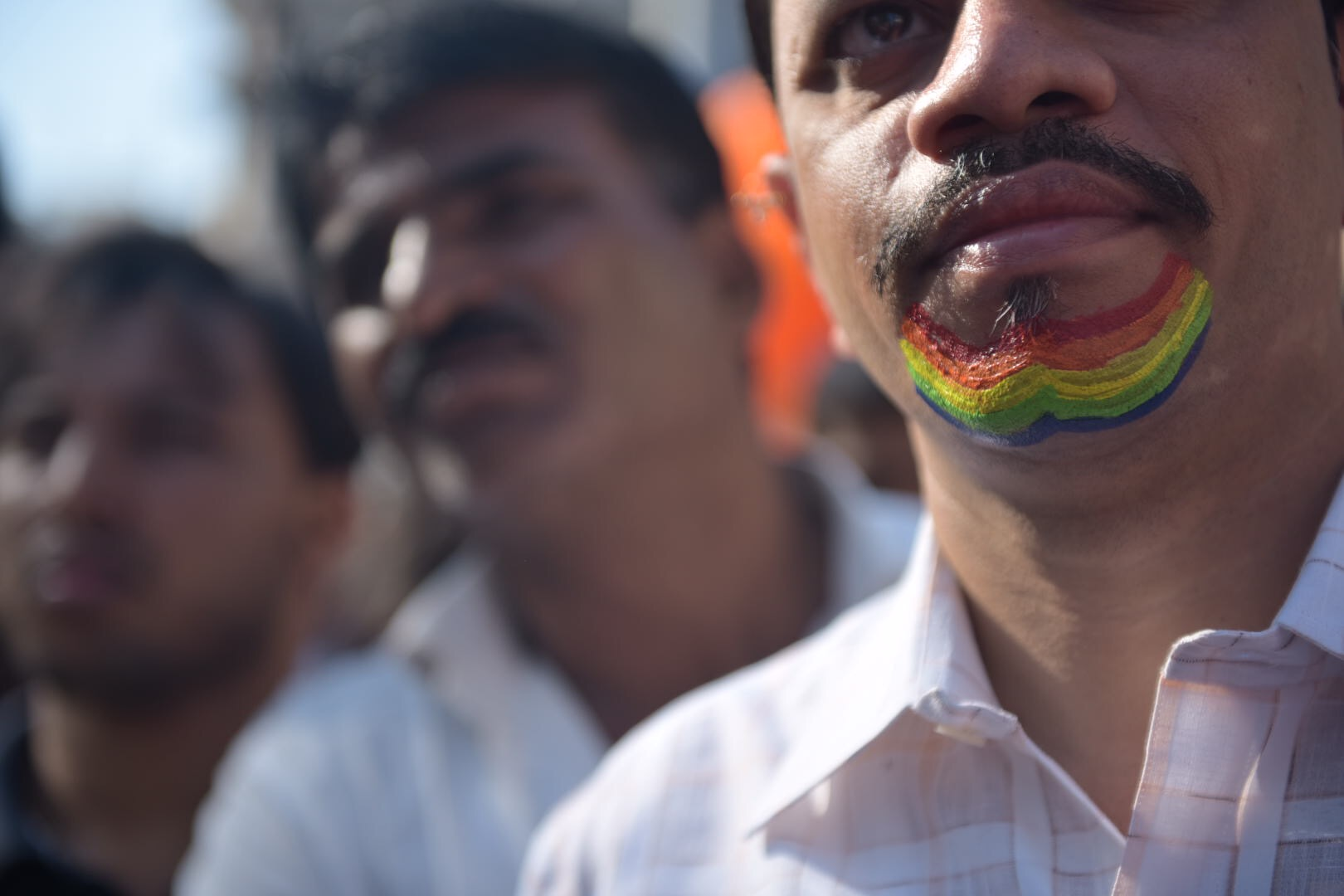 One of the participants wore his support on his chin.