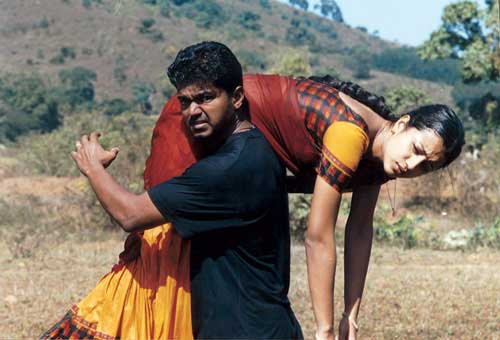 Vijay and Trisha in 'Ghilli' (2004).