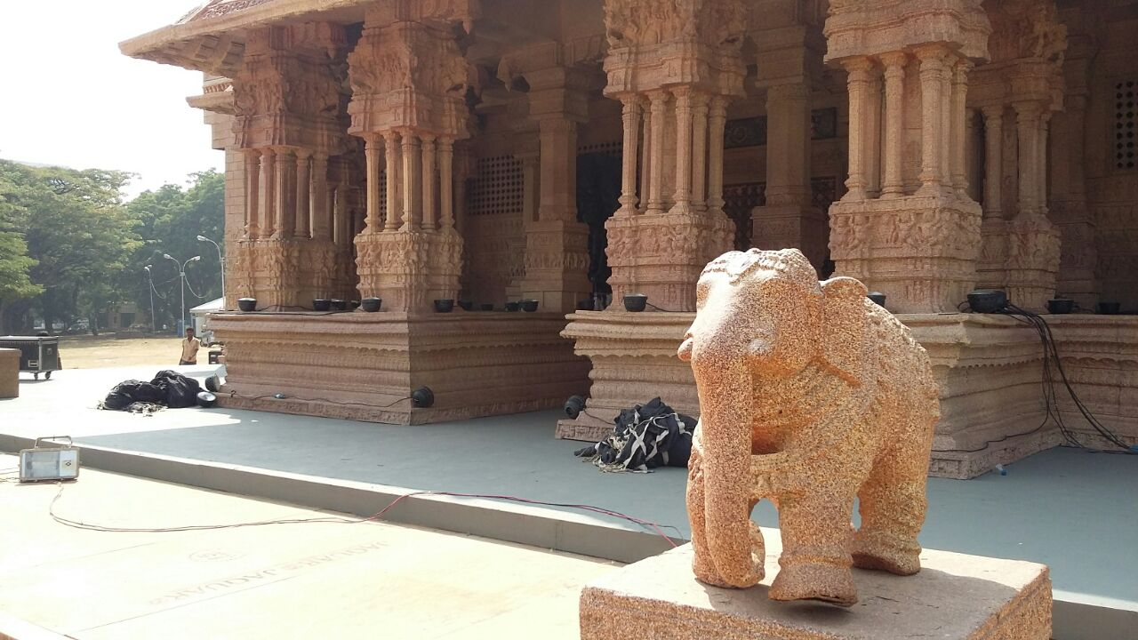 The Hampi Vitthala temple was recreated for the wedding in Bengaluru.