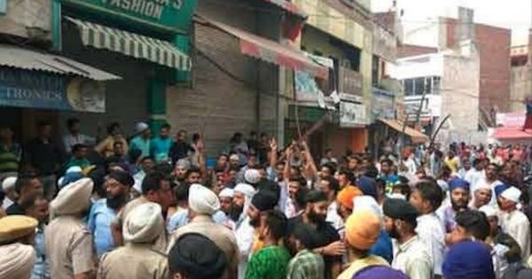 Shiv Sena activists clash with Muslim men in Punjab's Phagwara, seven people injured
