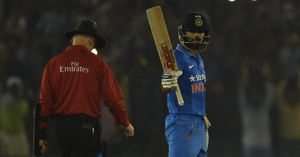 Virat Kohli's sublime 26th century takes India to seven-wicket win against New Zealand in 3rd ODI
