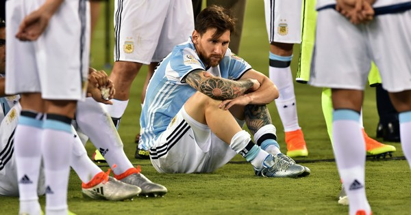 Watch: The end of Lionel Messi in the Argentina shirt