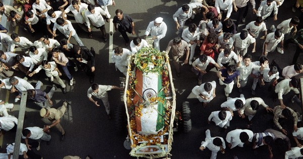 'Why is he just lying there?' An eyewitness recalls Rajiv Gandhi's assassination