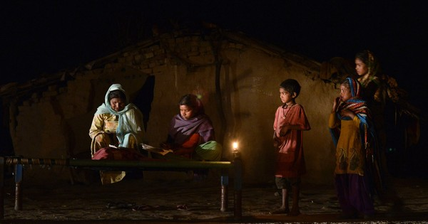 92% of India's newly 'electrified' villages have homes without power