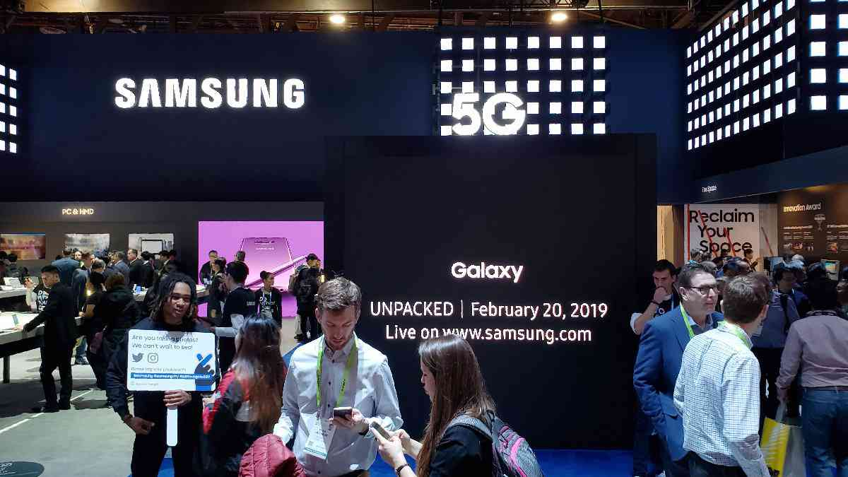 Samsung chronicles its mobile innovations ahead of Galaxy S10 launch