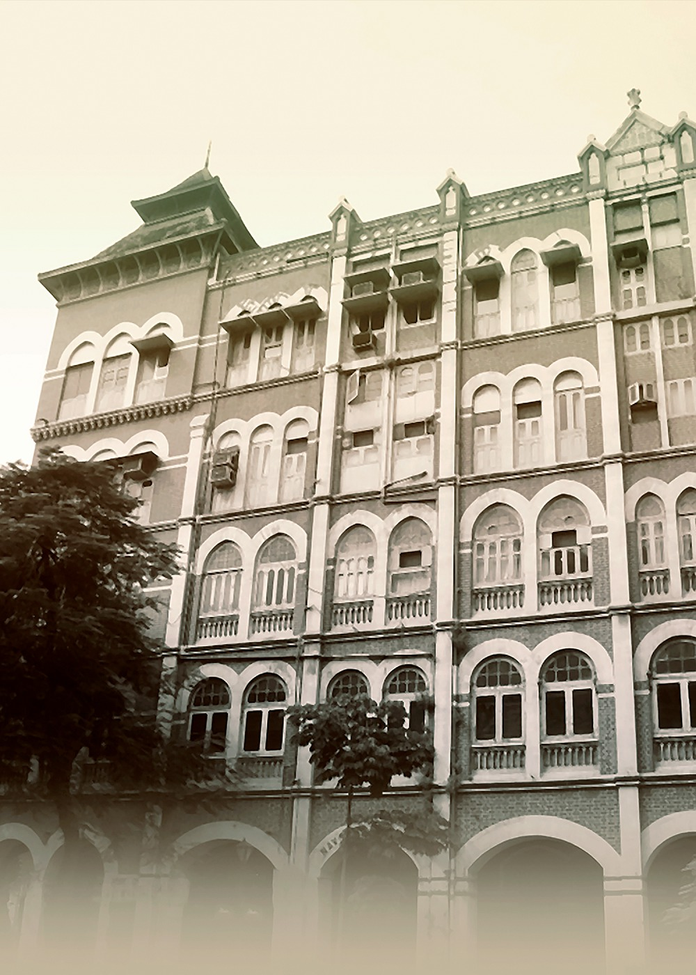 Navsari Building and Chambers, Mumbai – a redbrick structure believed to be named after Jamsetji's hometown, Navsari. Courtesy: Tata Central Archives