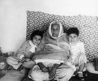 Yusuf and Sophie with their paternal grandmother Masud Jehan Begum, who was descended from the family of Amir Shuja ul-Mulk of Afghanistan.