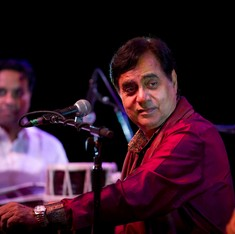 Documentary on ghazal superstar Jagjit Singh lines up the tributes and the tears