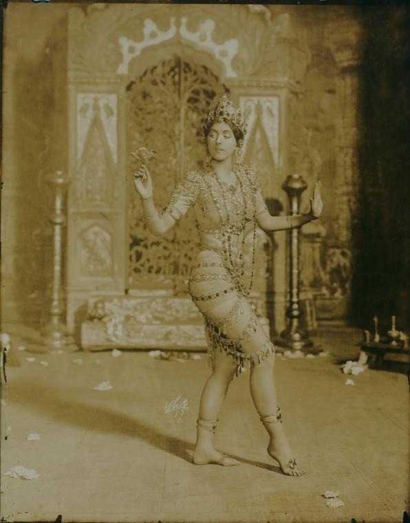 Ruth St. Denis in 'Radha'. (Image courtesy: New York Public Library).