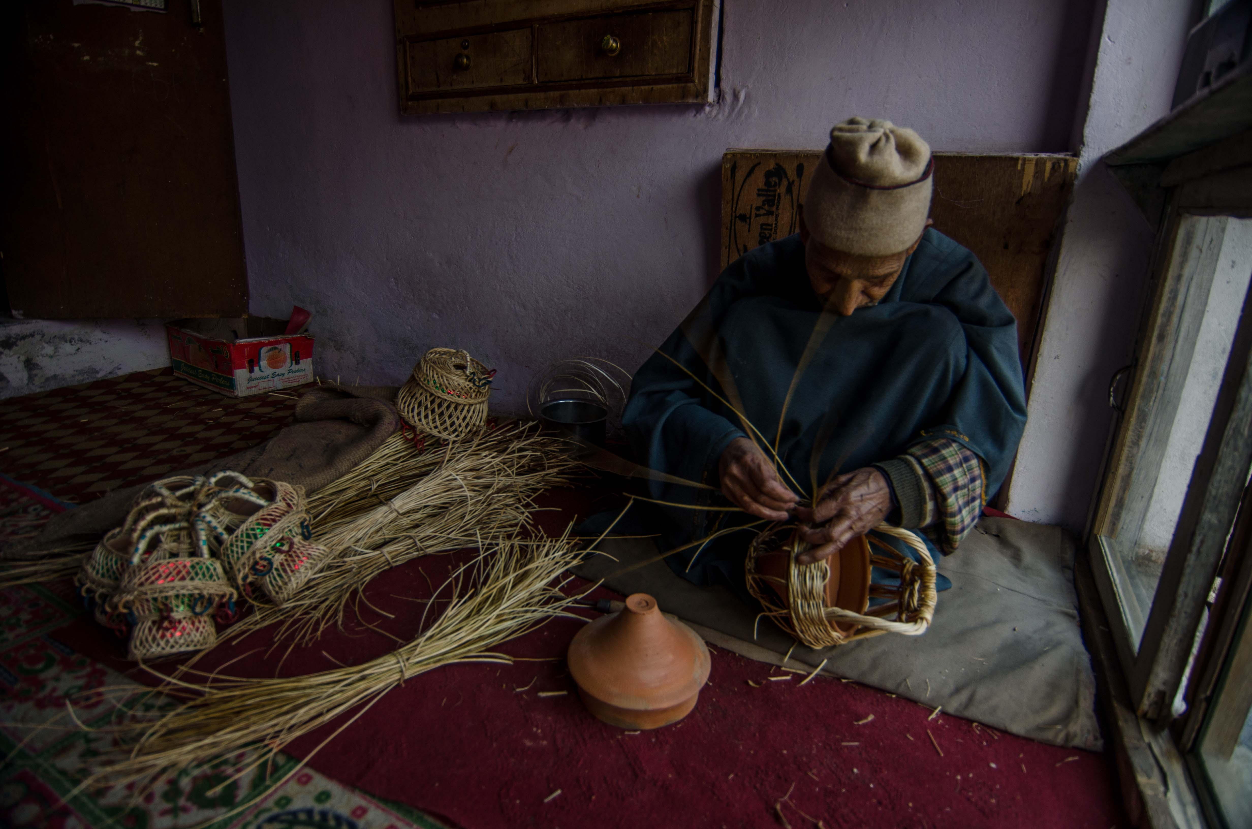 Haji Abdul Gani has been making kangers for several decades. Photo: Rayan Naqash