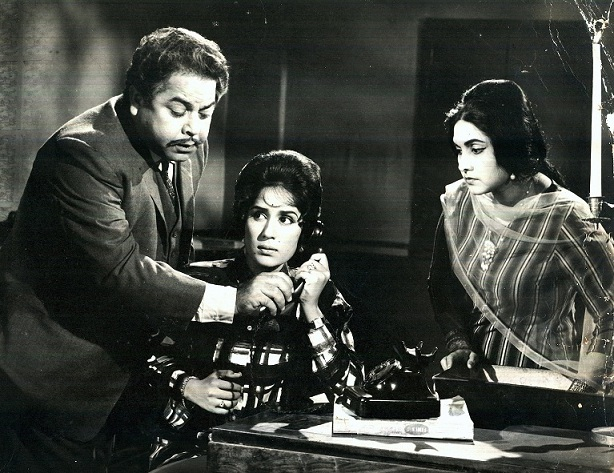 The lobby card of 'Humraz'. Courtesy Omar Ali Khan.