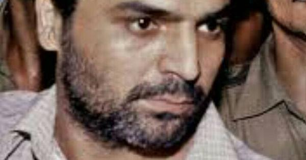 Yakub Memon gets a breather as a divided bench ensures that his petition will be heard again