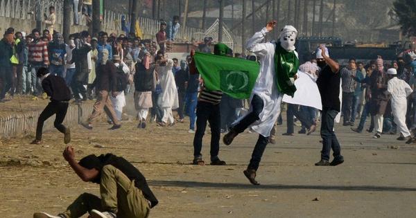 Protests over beef ban mar Eid celebrations in Kashmir
