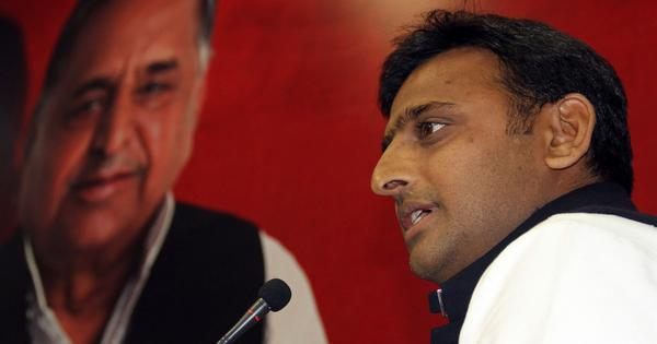 Feud may be brewing in Samajwadi Party as Mulayam hints he may return to UP CM's post
