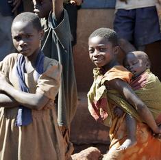 युगांडा में नया कानून - बच्चे को टीका लगवाओ, नहीं तो जेल जाओ