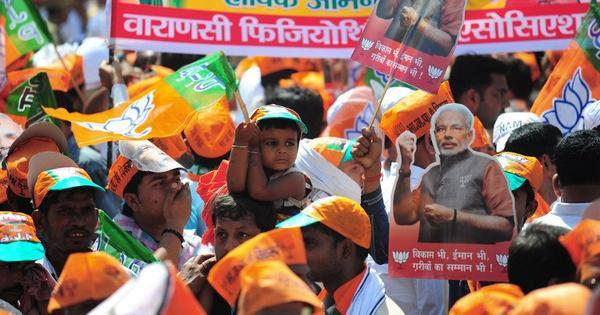 UP migrants to Mumbai hit Varanasi streets to campaign for Modi