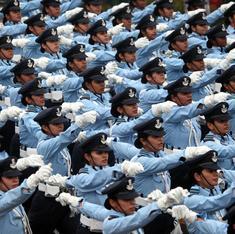क्यों सैनिक स्कूल में पहली बार लड़कियों का दाखिला सिर्फ बराबरी का मामला नहीं है