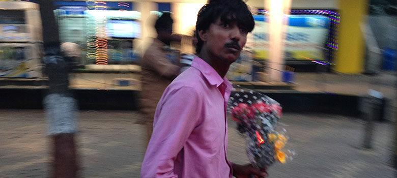 Do Mumbai's streetside flower sellers really get their roses from graveyards?