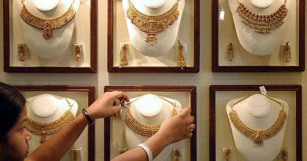 As gold prices fall, Keralites brave gods to throng jewellery shops during inauspicious month