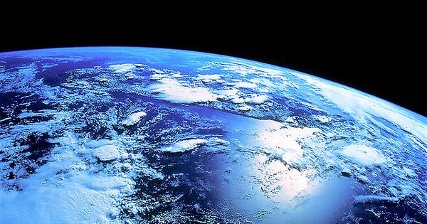 [Video] Time-lapse footage of the Earth from space