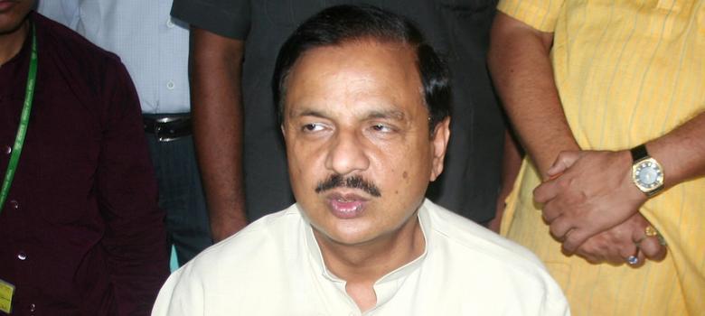 In Dadri, BJP leaders Mahesh Sharma and Sangeet Som keep the pot boiling