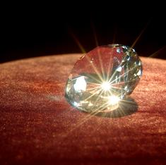 Turning diamonds' defects into long-term 3-D data storage