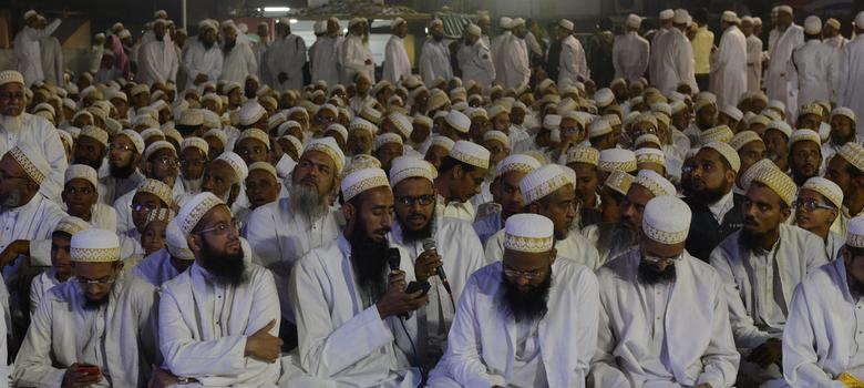 As Bohra rebel leader is cross-examined, community focuses on prayer and keeping calm