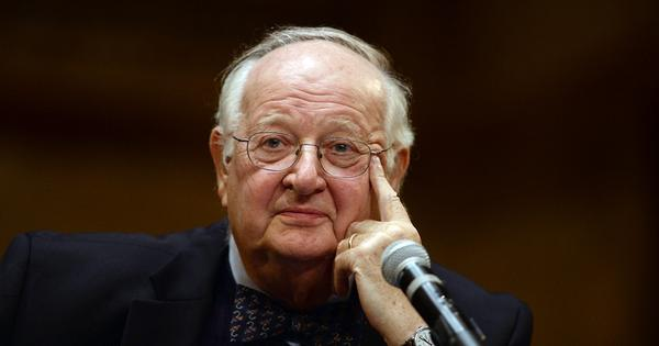 Angus Deaton, Nobel Prize winner, poses puzzles about nutrition in India