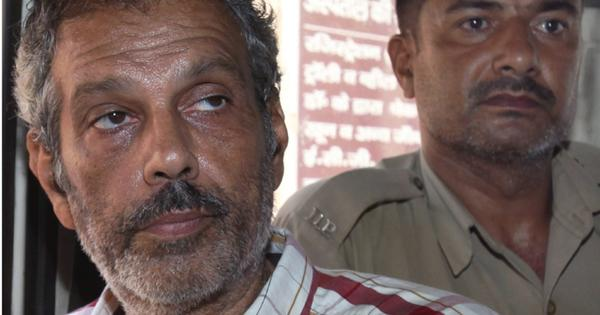 Kobad Ghandy, jailed for being a Maoist, goes on hunger strike to protest harassment by authorities