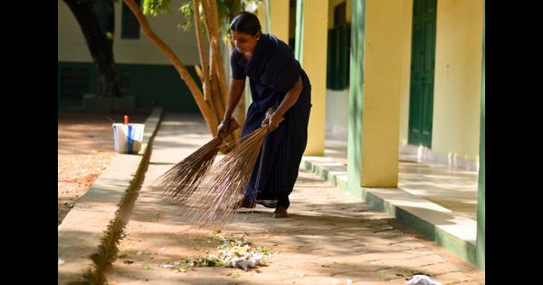 Swachh Bharat makes a splash on social media