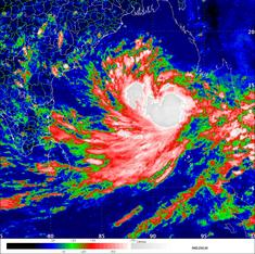 How India went from 15,000 cyclone deaths in 1999 to just 38 last year
