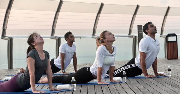 The difficult position of yoga fiction