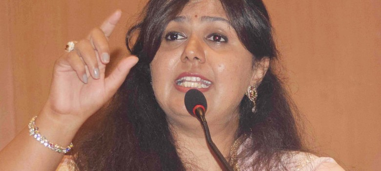 AAP leader accuses Maharashtra minister Pankaja Munde of corruption, demands her resignation