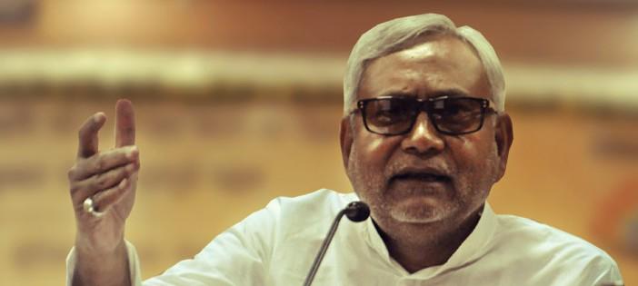 ऐन मौके पर यूपी चुनाव से हटने वाले नीतीश कुमार एमसीडी चुनाव में इतना जोर क्यों लगा रहे हैं?
