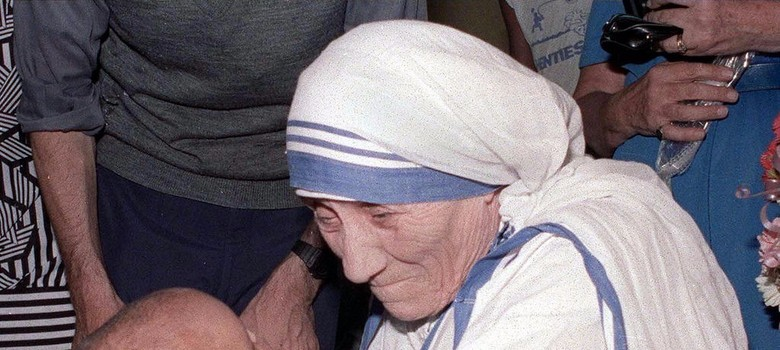 Mother Teresa will be declared a saint on September 4, says