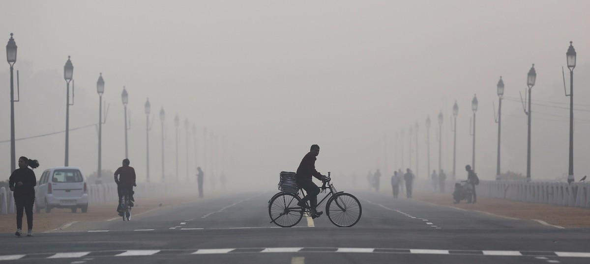 Life expectancy in Delhi has reduced by six years because of air pollution, reveals study