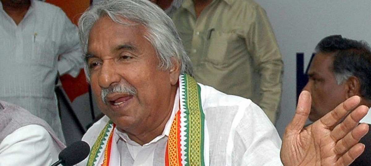 Court asks for verification report on Oommen Chandy in connection with medical college appointments