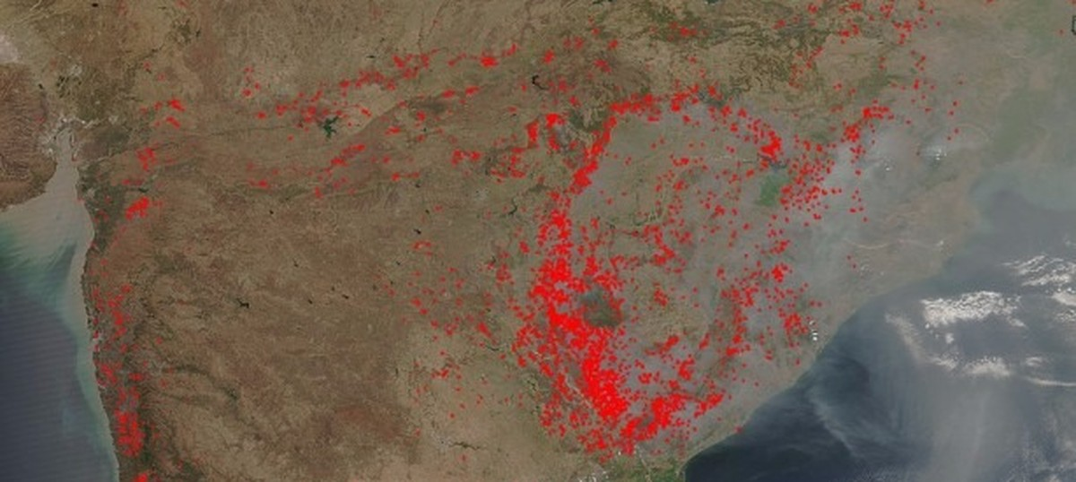 Stunning NASA image of crop fires in India