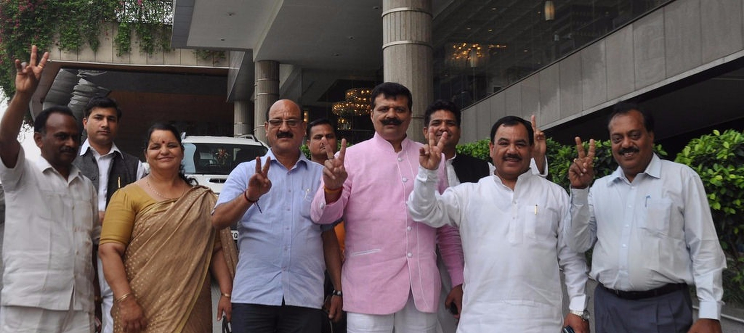 Uttarakhand Assembly speaker issues notices to nine rebel Congress MLAs who supported BJP