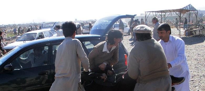 At least 15 killed in Pakistan marketplace bomb blast