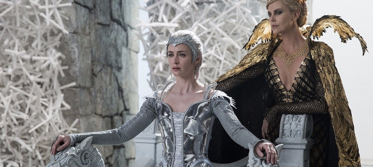 Film review: 'The Huntsman: Winter's War' will leave you cold