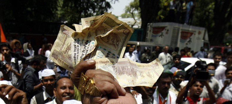 Booth capturing may be gone, but cash flows like never before in the battle for Bihar